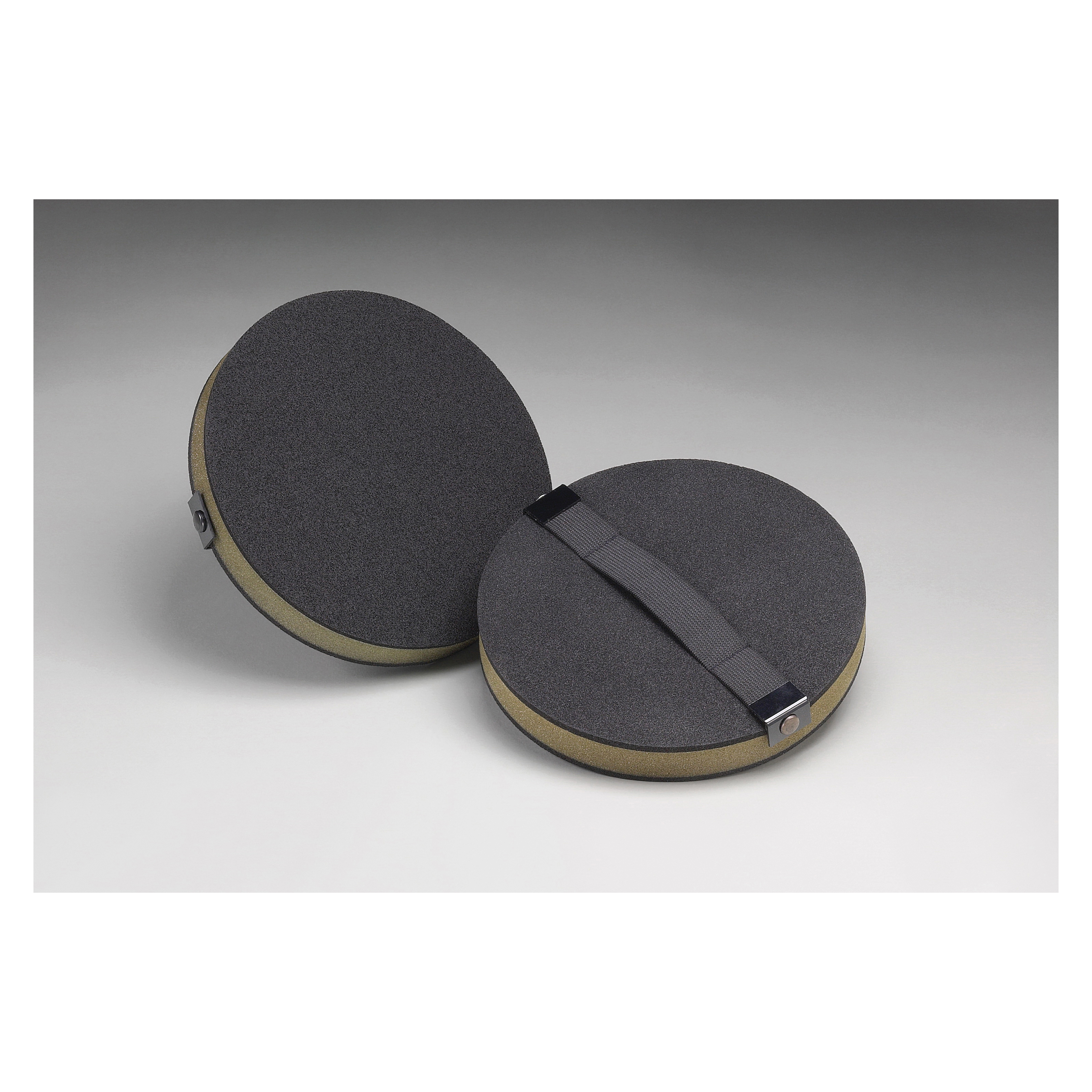 3M™ 051144-82793 Regular Soft Density Hand Pad, 8 in Dia Pad, Mechanical Attachment