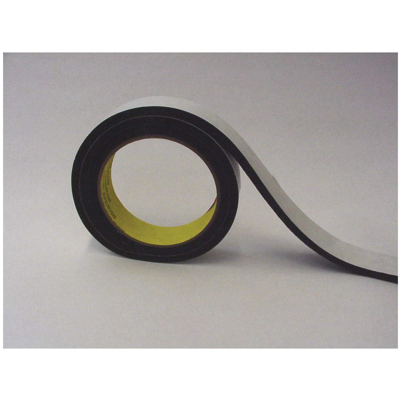 3M™ 051131-06471 Single Coated Foam Tape, 18 yd L x 1/2 in W, 250 mil THK, Acrylic Adhesive, Vinyl Foam Backing, Black