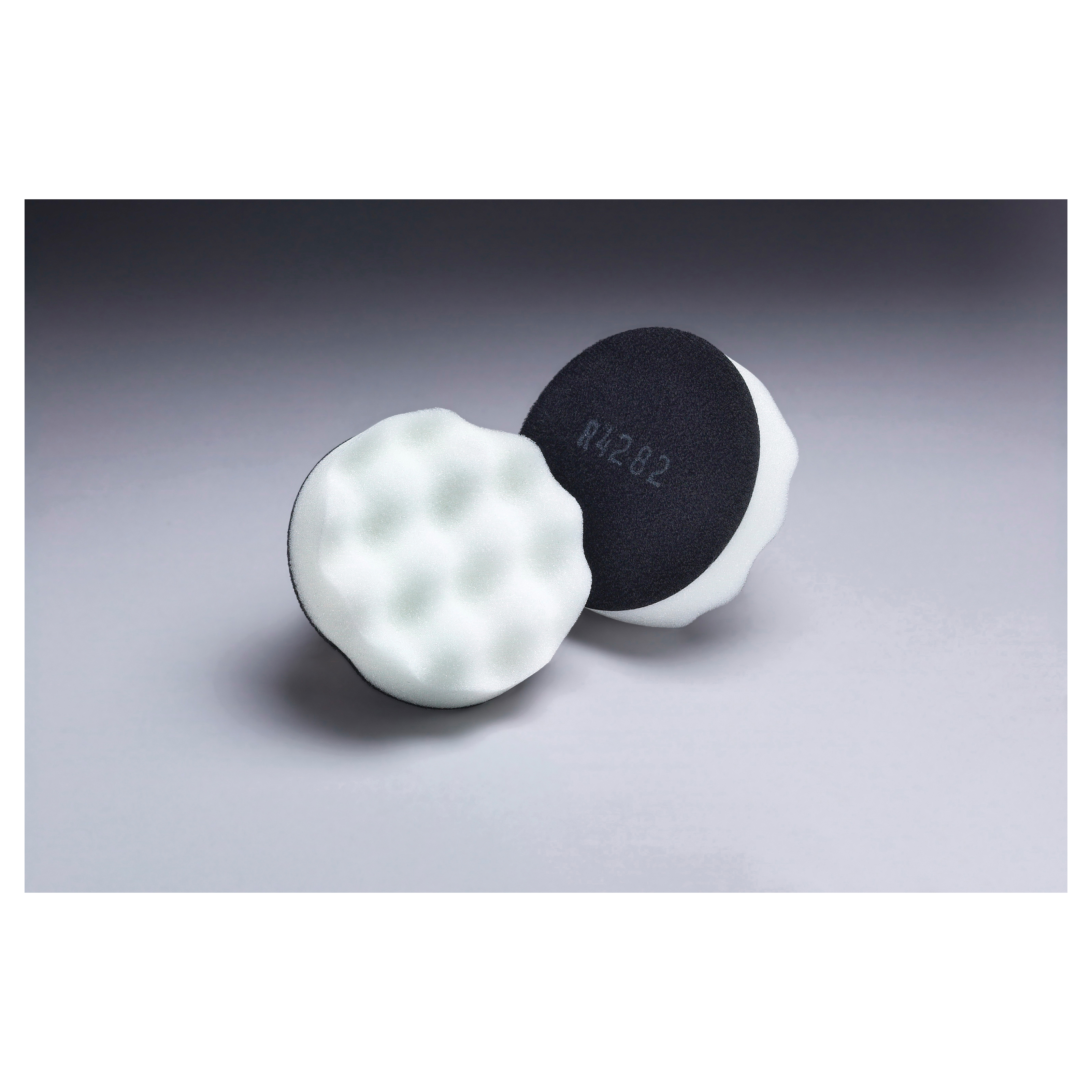 Finesse-it™ 051135-92500 01912 Regular Buffing Pad, 5-1/4 in OAD, Hook and Loop Attachment, Polyurethane Foam Pad